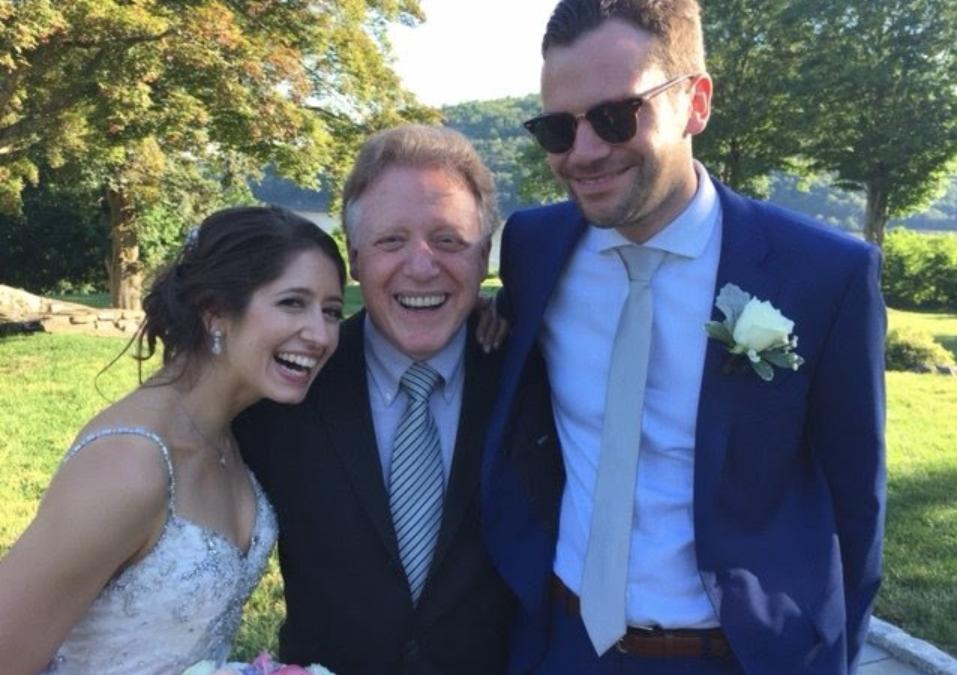 Applause for New York City Wedding Officiant Mark Giller